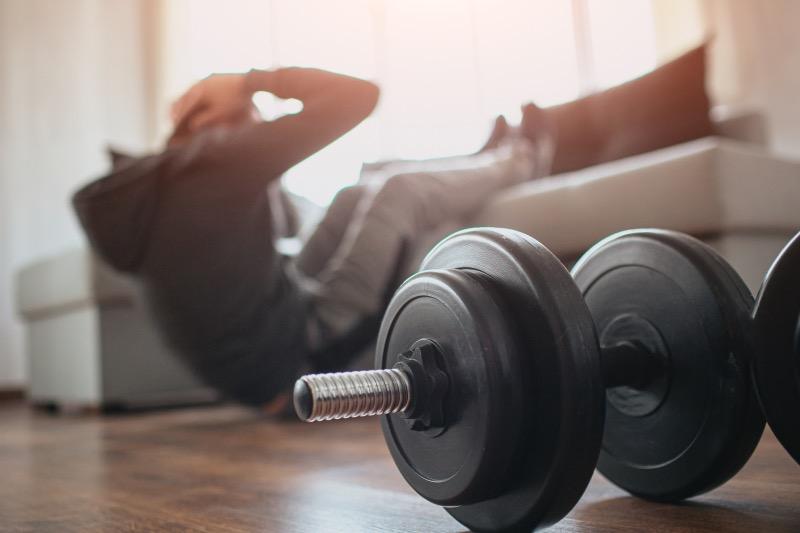 筋トレグッズを有効活用するトレーニングメニュー