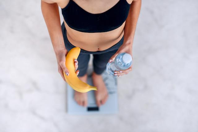 食前食後それぞれで行う筋トレのメリットデメリット