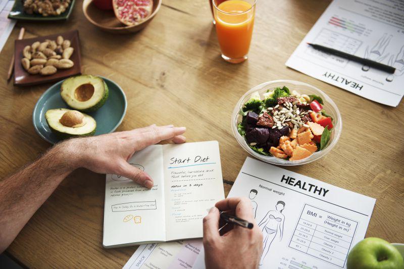 コンビニの高タンパク質食品でダイエットを成功させるには