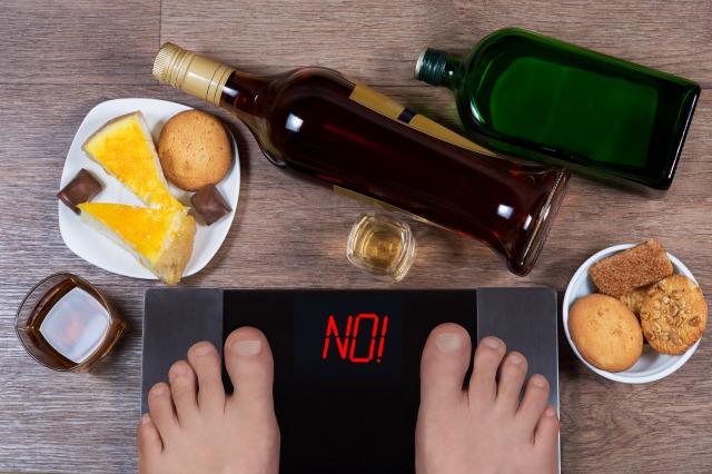 筋トレの効果を下げてしまう「筋肉に悪い食べ物」とは