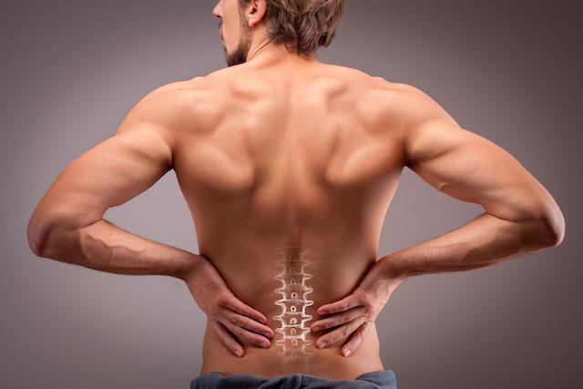 筋力アップで腰痛改善! 自宅でできる筋トレとストレッチメニュー7選