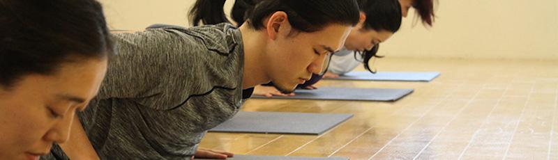 男性インストラクター多数|zen place yoga(ゼンプレイスヨガ)