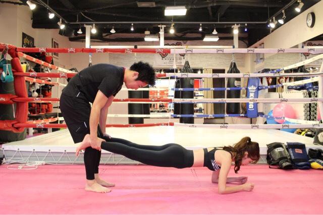 8. 背中・体幹を鍛える|プランク&ローイング