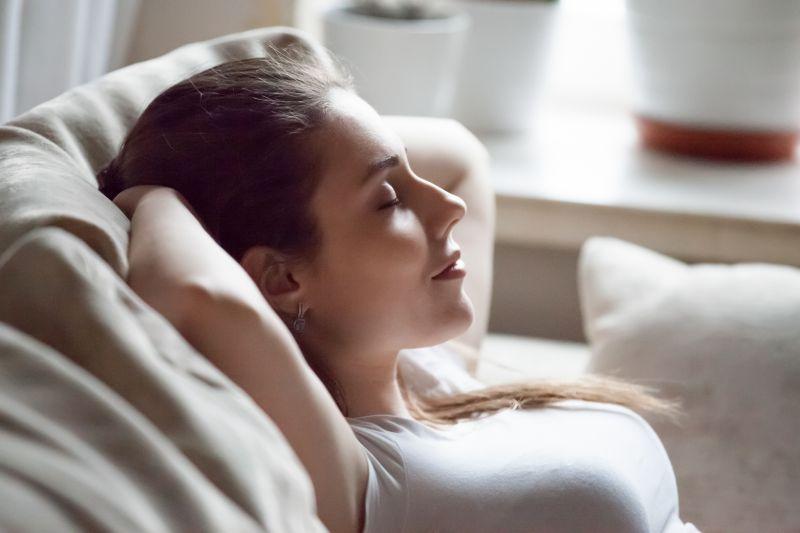 寝る前のストレッチは身体に良くない?