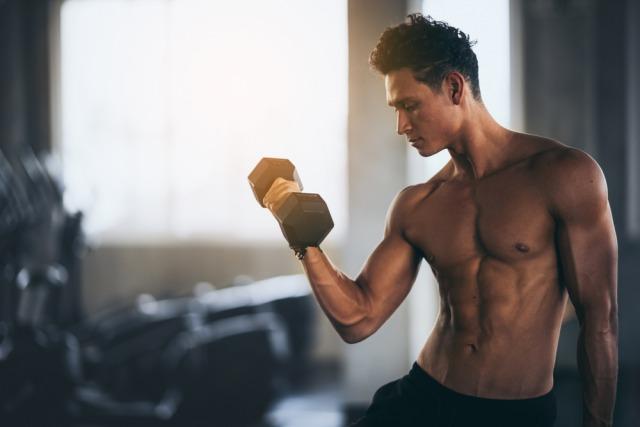 男らしい体に鍛える