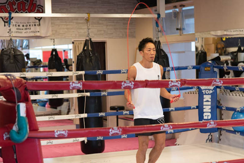 【プロ監修】縄跳びはダイエット効果抜群。ボクサーに教わる効果的な跳び方