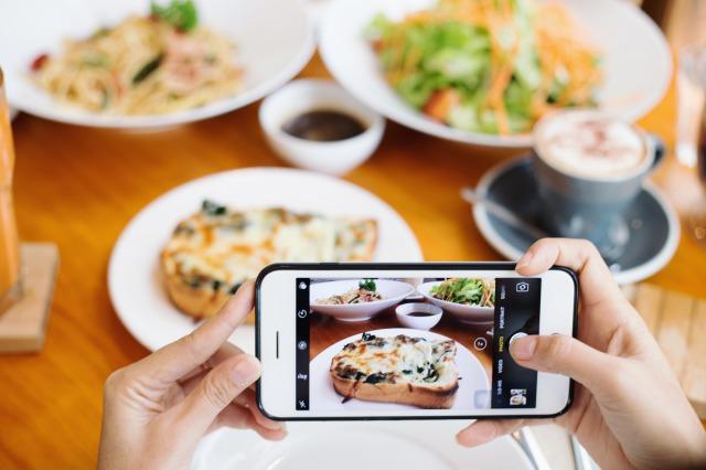 ビデオ通話とLINEで食事相談ができる