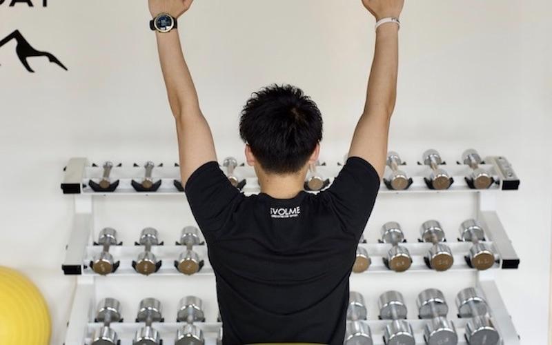 【プロ監修】自宅でできる背筋自重トレーニング4選。背中の効果的な鍛え方