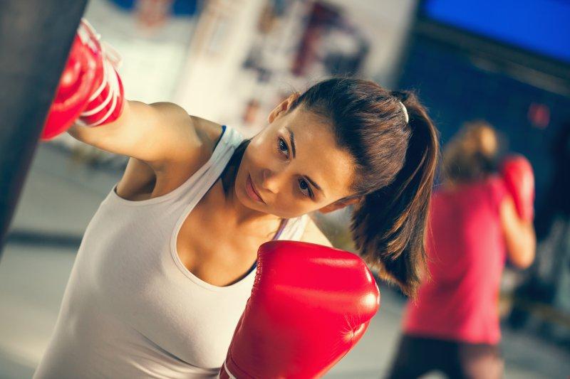 脚やせだけじゃない。キックボクシングのダイエット効果とは?