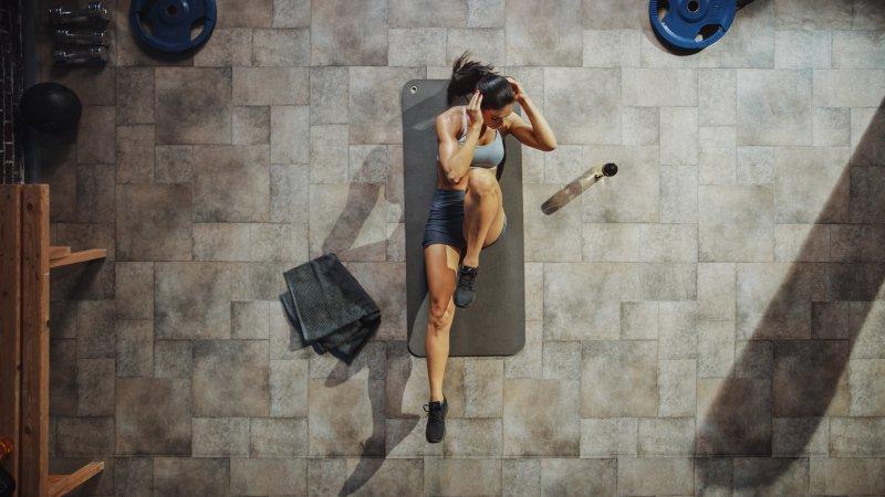 スロートレーニングとは、動作をゆっくり行う筋トレのこと