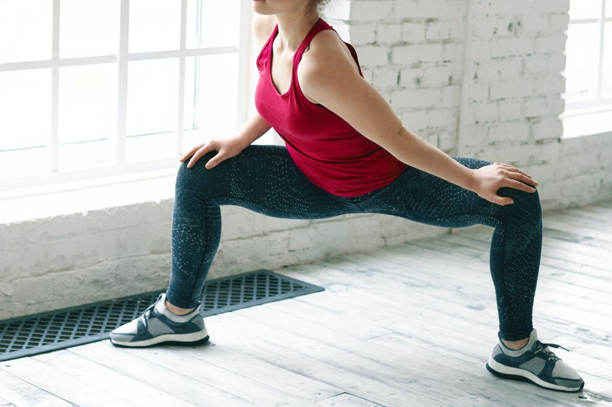内転筋ストレッチの効果的なやり方。寝ながらストレッチで美脚をゲット