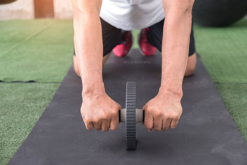 腹筋ローラーの効果が出ない原因と解決策