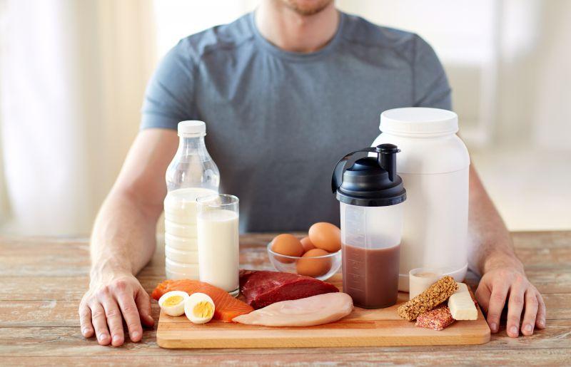 筋肉に必要な栄養が不足している