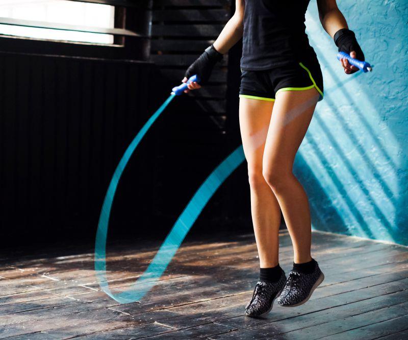 縄跳びは太もも痩せに効果的