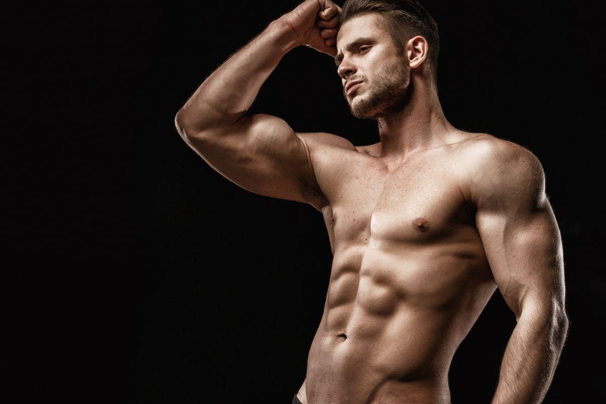 細マッチョの腕の太さはどれくらい?理想的な腕周りを作る筋トレメニュー