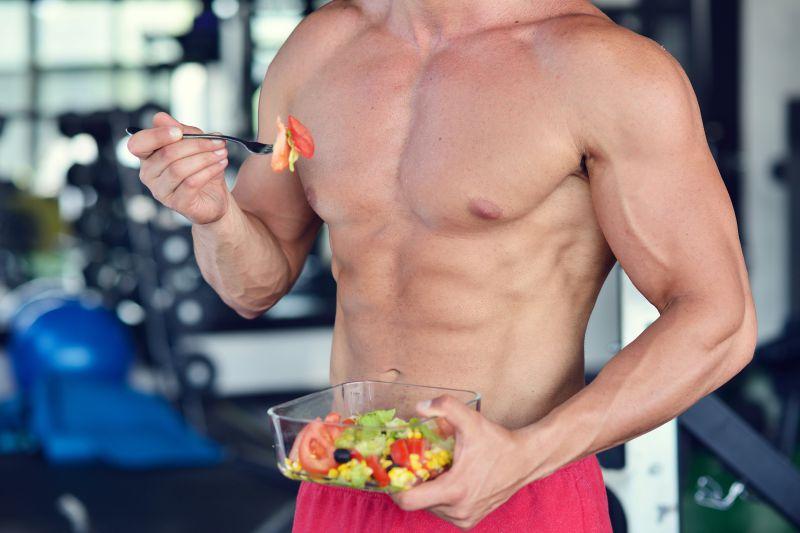 筋トレしながらの減量は、「食事」が重要