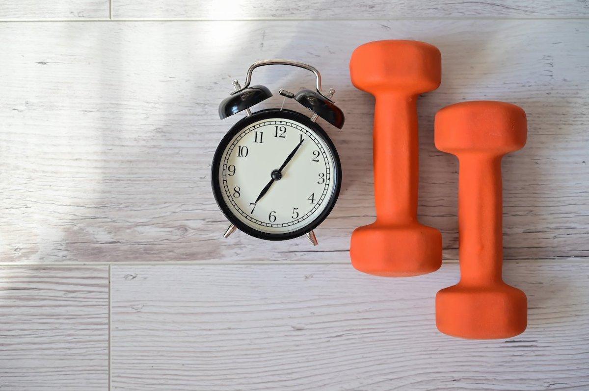 筋トレ時間は30分でOK。効率よく全身を鍛えるトレーニングメニュー