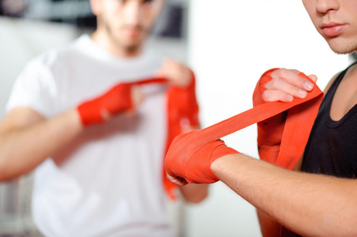 キックボクシングのバンテージの巻き方とは?選び方・おすすめ商品も掲載