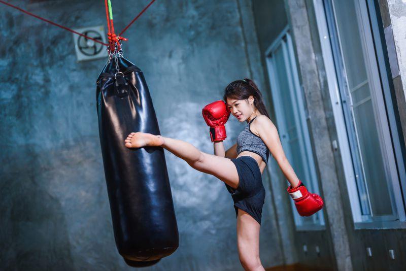 キックボクシングの脚やせ効果とは?
