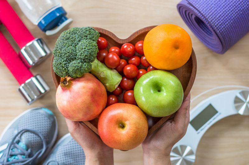 実は簡単。筋トレと食事制限でダイエットする方法