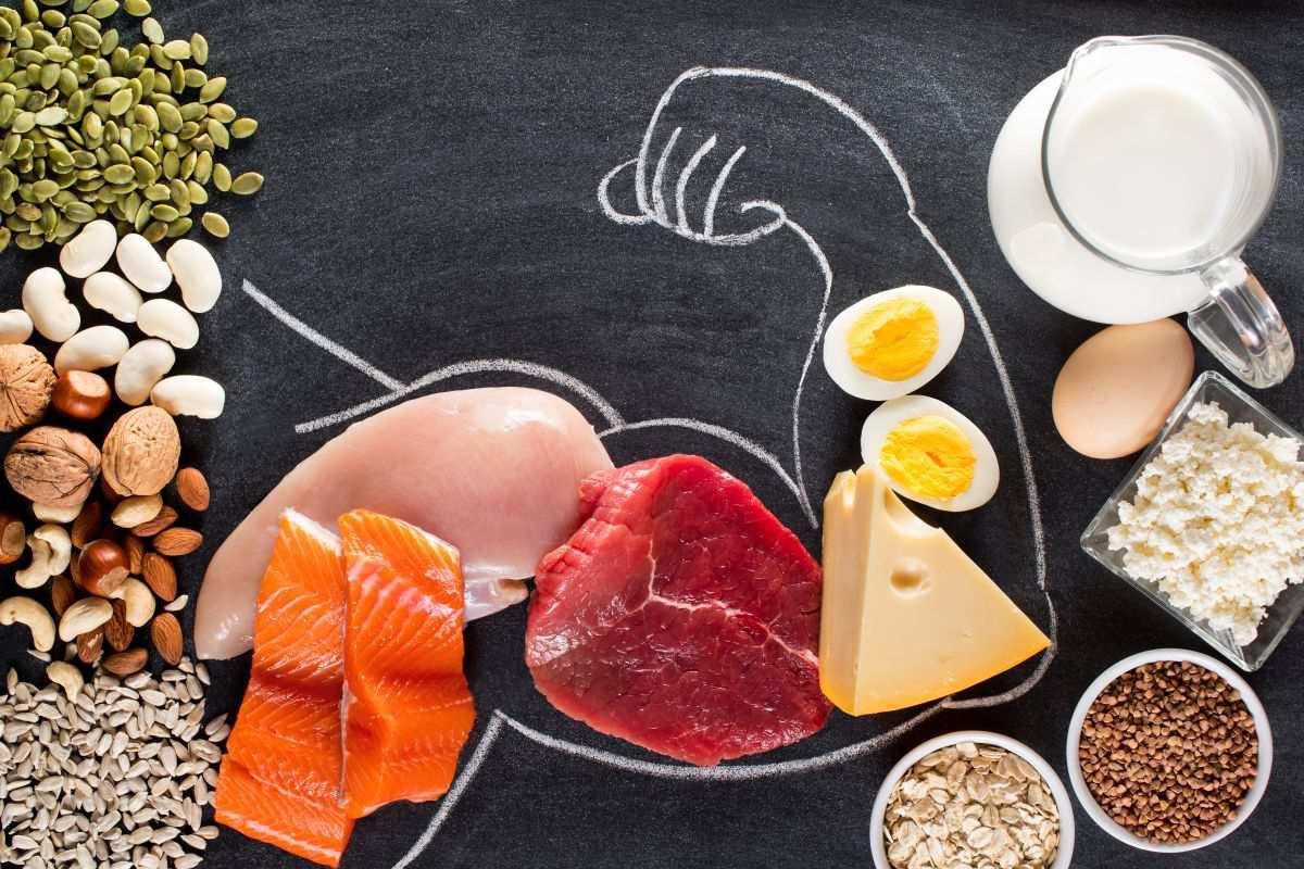 筋トレ中の間食におすすめの食品7選。筋肉に効果的な間食の極意三ヶ条
