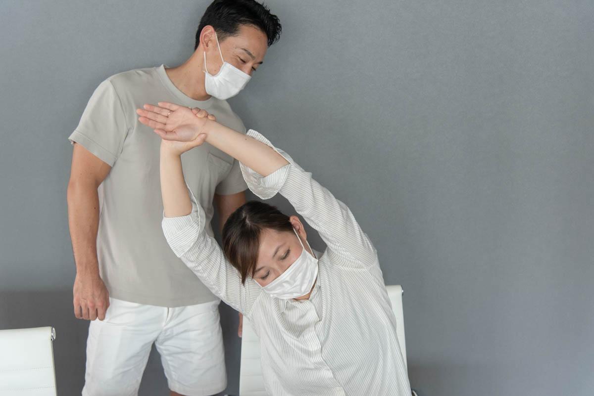 背中のストレッチ|腰痛のケア