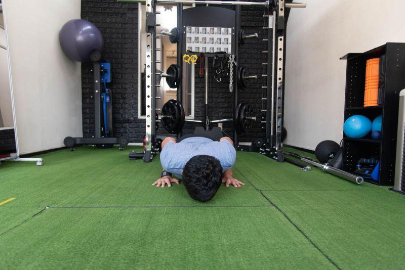 ナロープッシュアップで鍛えられる筋肉部位