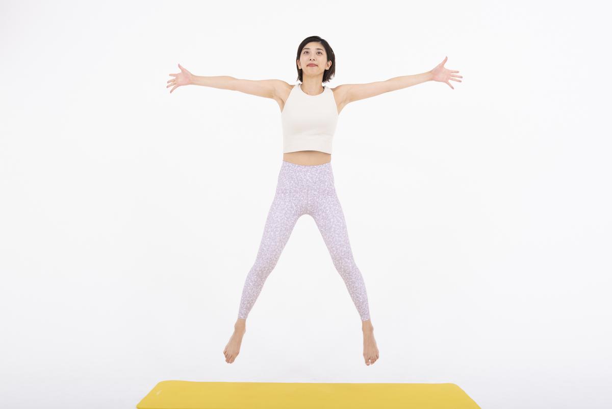 スタージャンプのやり方 有酸素運動に最適な全身トレーニング